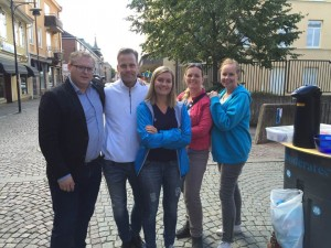 Moderaternas ledamöter i BUN, Patrik Ragnar, Emma Ophus och Lotta Grönlund, Oppositionsrådet Ylva Pettersson och Gruppledare Fredrik Öhrberg.