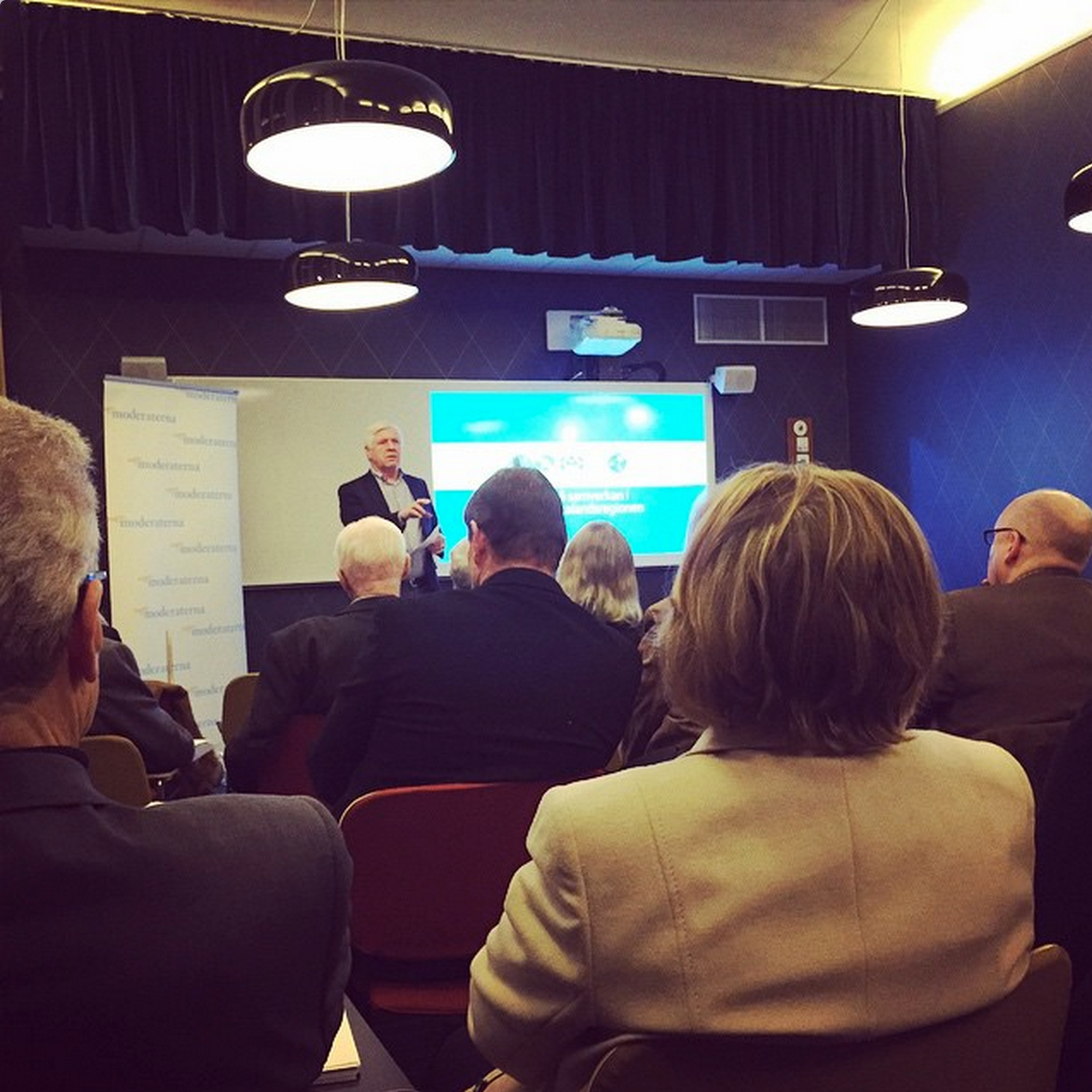 Johhny Magnusson inledde årsmötet med intressant moderathistoria.